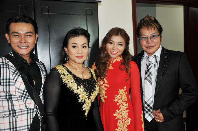 NS Cẩm Thu, Linh Tâm và hai con: diễn viên Linh Tý, Thu Tâm
