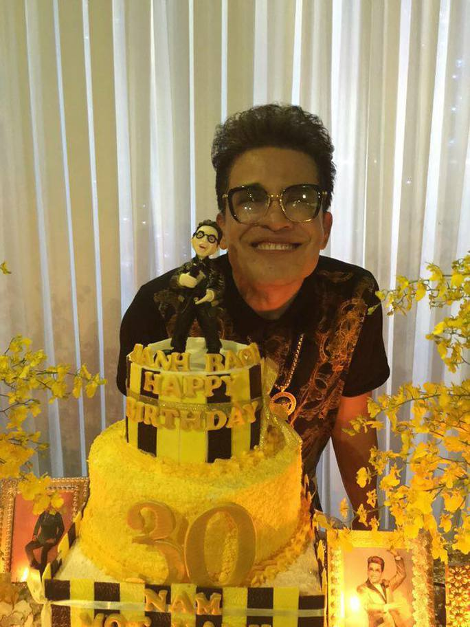 MC Thanh Bạch trong ngày sinh nhật