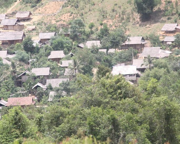 Bản Phồng, nơi ông Vi Văn Đoàn cư trú