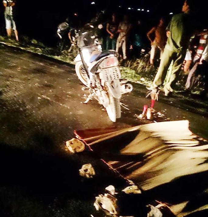 Hiện trường vụ tai nạn liên hoàn khiến 1 người chết, 2 người bị thương - Ảnh: K. Thành