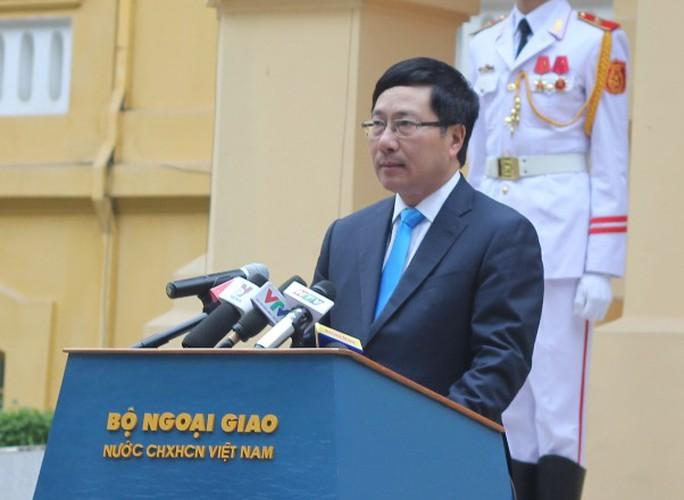 Phó Thủ tướng, Bộ trưởng Ngoại giao phát biểu tại Lễ thượng cờ