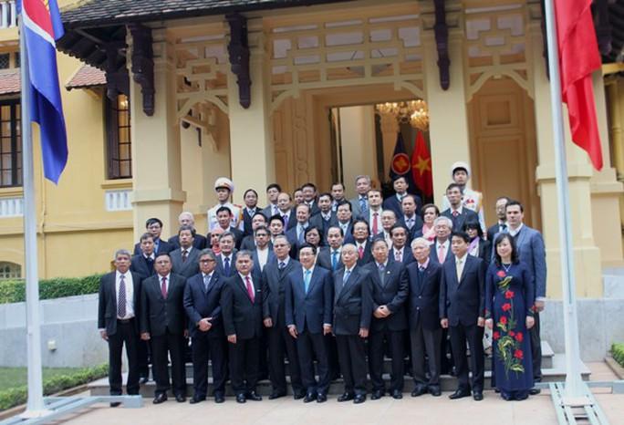Toàn cảnh Lễ thượng cờ ASEAN tại trụ sở Bộ Ngoại giao