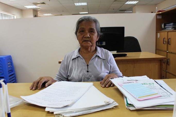 Bà Lê Thị Kim Hà bức xúc phản ánh với Báo Người Lao Động về việc bản án có hiệu lực gần 9 năm nhưng vẫn chưa được thi hành