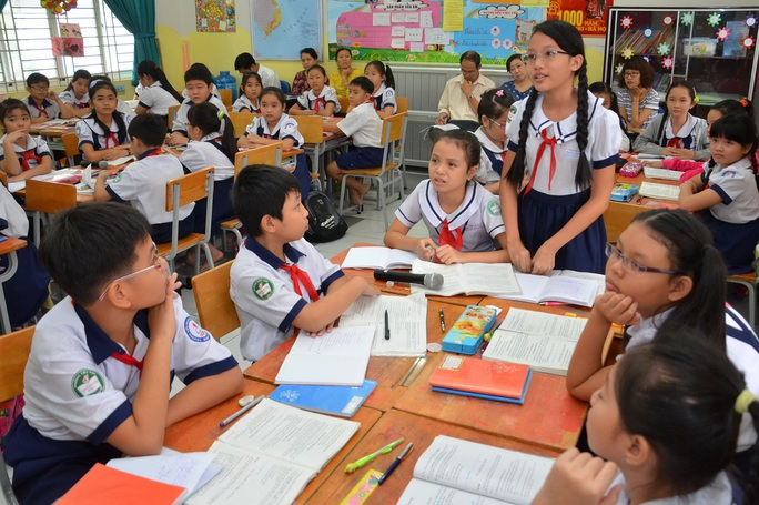 Học sinh Trường Tiểu học Nguyễn Văn Trỗi (quận 4, TP HCM) trong giờ trao đổi bàiẢnh: TẤN THẠNH
