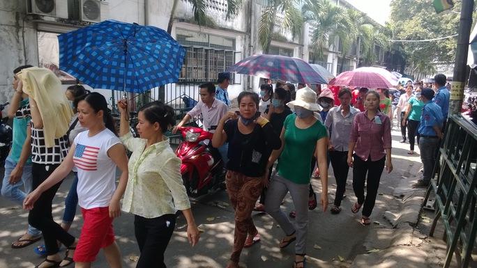 Công nhân một công ty ở quận Gò Vấp, TP HCM ngừng việc để phản đối cách quản lý hà khắc của quản lý người nước ngoài