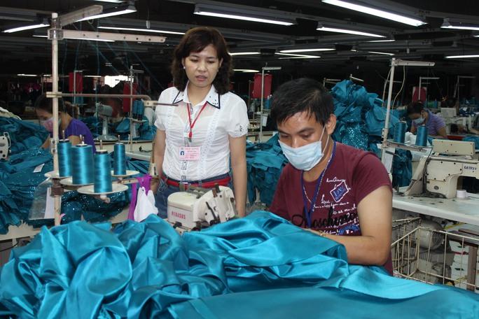 Bà Nguyễn Thị Nguyệt, Chủ tịch CĐ Công ty TNHH Cường Tài (quận Gò Vấp, TP HCM), là một cán bộ Công đoàn tận tụy với người lao động Ảnh: THANH NGA