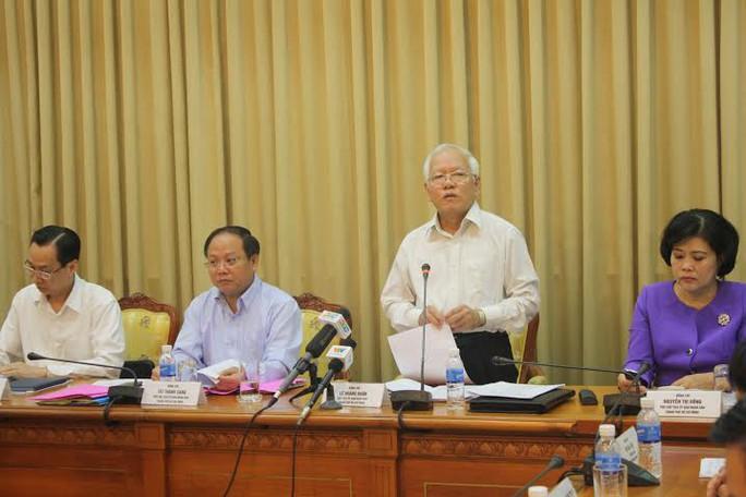 Chủ tịch UBND TP HCM Lê Hoàng Quân phát biểu trong một cuộc họp của UBND TP