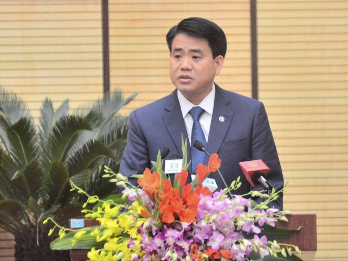 Ông Nguyễn Đức Chung, Chủ tịch UBND TP Hà Nội, đề xuất hạn chế xe cá nhân trên địa bàn