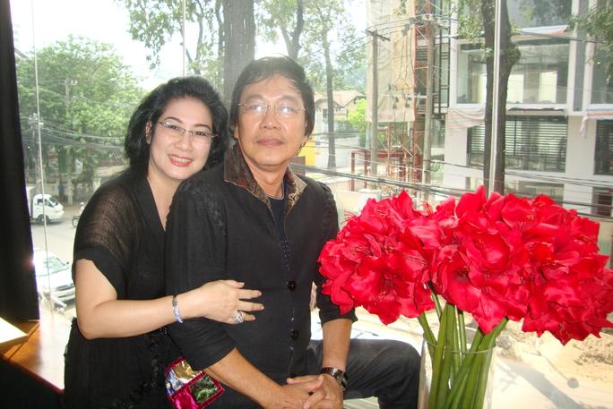 NS Tuấn Thanh và vợ