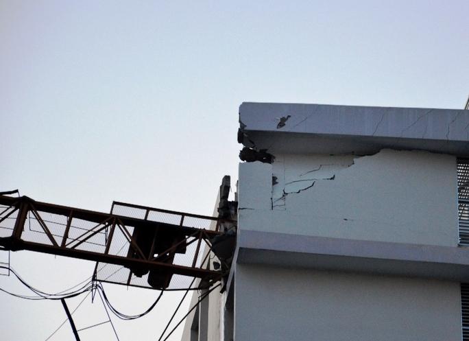 Một đoạn tường của bệnh viện Đa khoa Tâm Trí Sài Gòn bị sập do sự cố gây ra