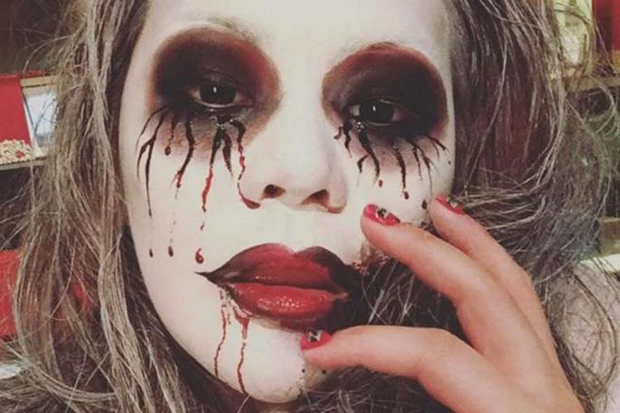 Lương Tề Hân khoe ảnh tiệc Halloween. Ảnh: Instagram
