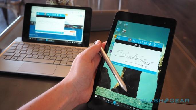 Bên cạnh bàn phím Envy Note Folio làm bằng nhôm nguyên khối, Envy Note 8 còn đi kèm bút số HP Active Pen thế hệ mới có độ phản hồi cao, cho trải nghiệm viết, vẽ đều tự nhiên.