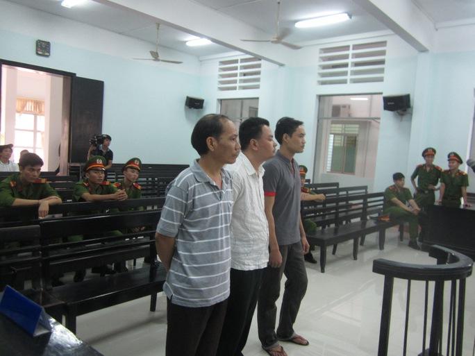 Bị cáo NguyễnThành Trung có đơn kháng cáo kêu oan nhưng lại vắng mặt không rõ lý do tại phiên tòa