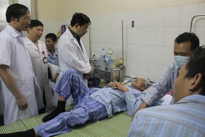 Lãnh đạo Bộ Y tế yêu cầu tăng cường hỗ trợ chuyên môn cho tuyến dưới