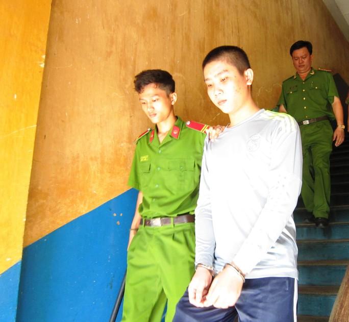 Bị cáo Nguyễn Huỳnh Sơn rút kháng cáo tại phiên tòa phúc thẩm