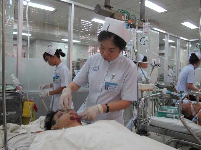 Một nạn nhân hôn mê, bị thương rất nặng
