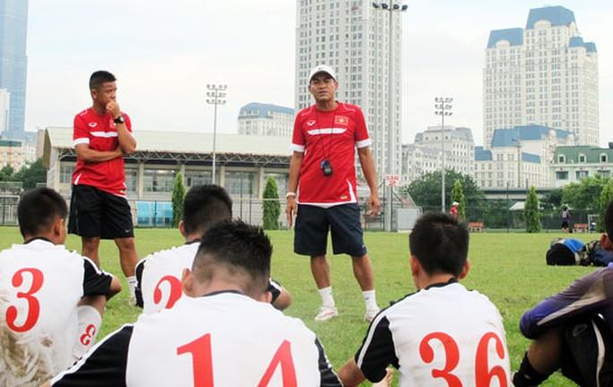 HLV trưởng Đinh Thế Nam chính thức chốt danh sách 23 cầu thủ tham dự Vòng loại U16 châu Á