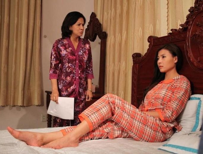 Nhân vật Lê phải chịu đựng sự hà khắc của mẹ chồng vì hiếm muộn