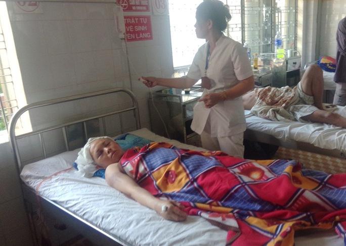 Mặc dù bị chấn thương sọ não nhưng hiện sức khỏe của mẹ con chị Hạnh đang tiến triển tốt