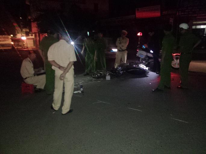 Hiện trường vụ tai nạn trên đường Hà Huy Tập, TP Buôn Ma Thuột, đêm 26-10