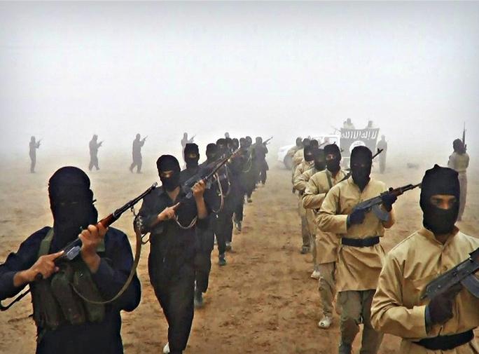 Các tay súng IS tại Syria. Ảnh: worldcrunch.com