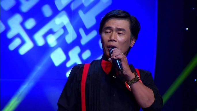 """Lê Minh Trung, giọng ca giống hệt cố ca sĩ Duy Khánh, bước ra showbiz từ cuộc thi """"Solo cùng bolero 2014"""". (Ảnh do chương trình cung cấp)"""
