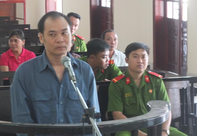Phùng Văn Lảnh tại phiên tòa sơ thẩm ngày 9-12
