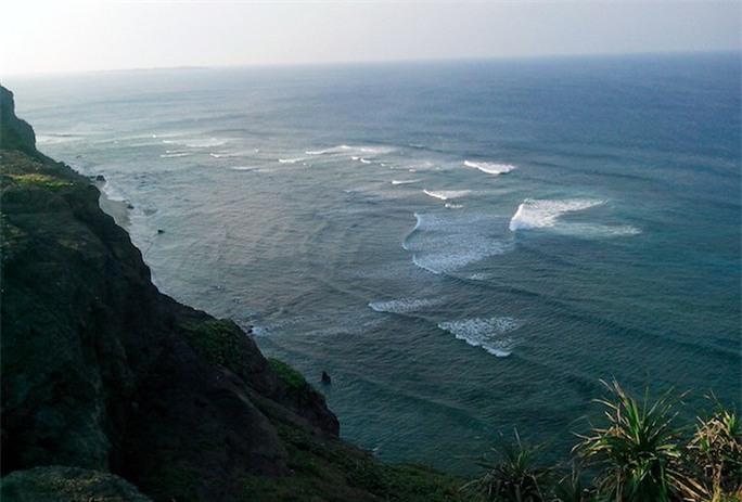 Đảo Lý Sơn có vị trí chiến lược về quốc phòng. Ảnh: Lý Sơn