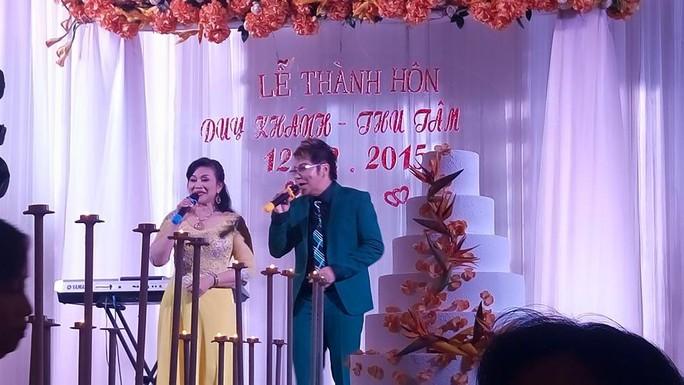 NS Cẩm Thu và Linh Tâm trong ngày cưới của con gái