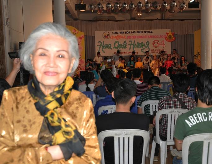 Út Bạch Lan phấn khởi trước sự tham gia của đông đảo khán giả trẻ