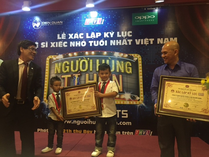 Kỷ lục diễn viên xiếc nhỏ tuổi nhất Việt Nam