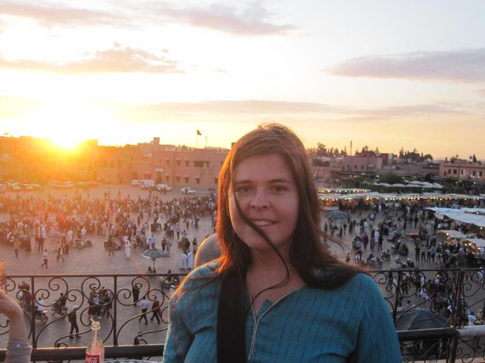 Kayla Mueller trong chuyến thăm Marrakech - Morocco. Nguồn: NBC News