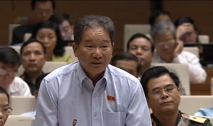 ĐB Nguyễn Bá Thuyền (Lâm Đồng) đặt câu hỏi chất vấn chiều 16-11 - Ảnh chụp qua màn hình