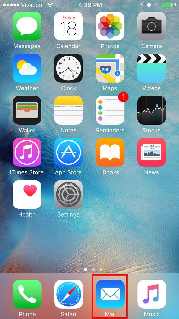Đầu tiên mở ứng dụng Mail.