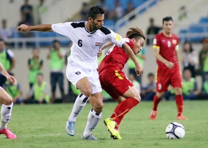 Phi Sơn dự bị trong trận gặp Iraq và không để lại ấn tượng khi vào sân ở hiệp 2