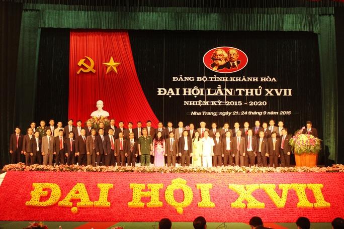 Ra mắt Ban chấp hành Đảng bộ tỉnh Khánh Hòa khóa 17