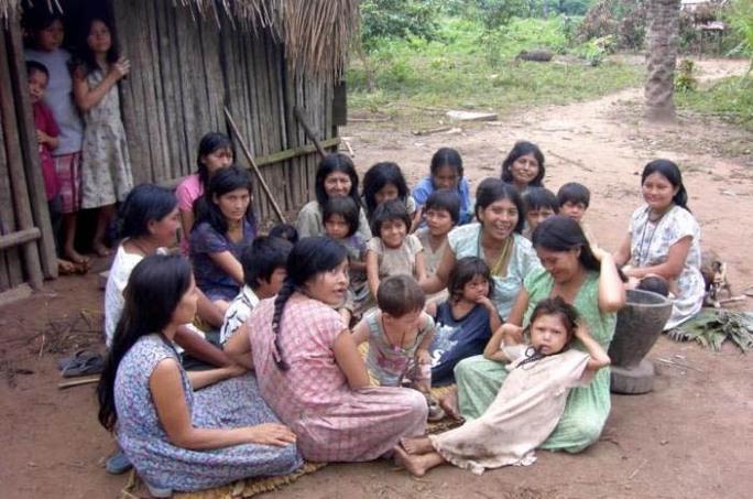 Phụ nữ ở Tsimane có bình quân 9 người con. Ảnh: MNT