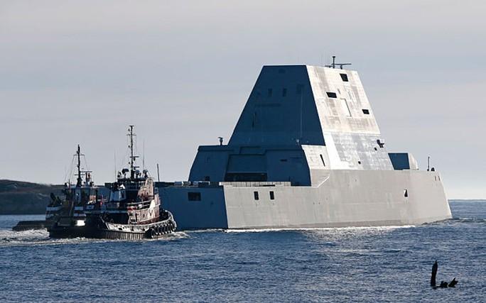 """Mỹ thử nghiệm tàu khu trục """"khủng"""""""
