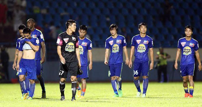 Nghịch lý của bóng đá Việt Nam: Đội thua trận nhiều nhất lại được người hâm mộ ủng hộ nhất