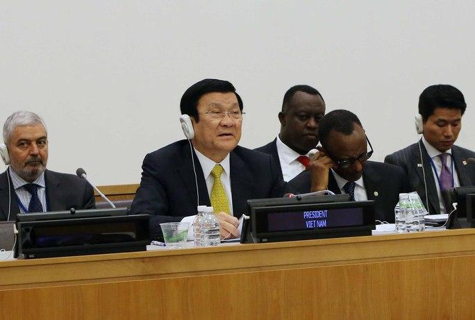 Chủ tịch nước Trương Tấn Sang phát biểu tại hội nghị về mô hình phát triển nông thôn mới và cộng đồng bền vững.Ảnh: TTXVN