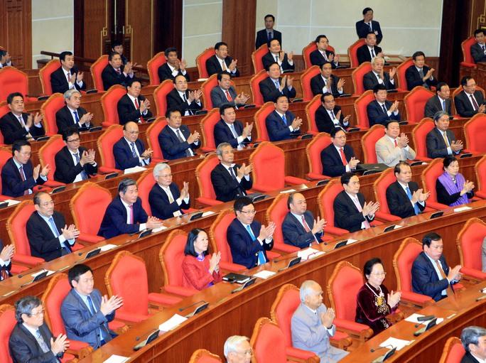 Các đại biểu dự bế mạc Hội nghị lần thứ 13 Ban Chấp hành Trung ương Đảng khóa XIẢnh: TTXVN