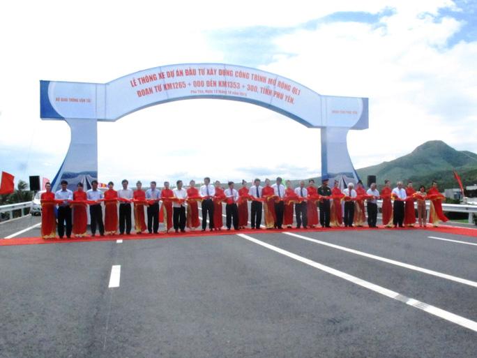 Cắt băng thông xe Dự án nâng cấp, mở rộng Quốc lộ 1 qua Phú Yên