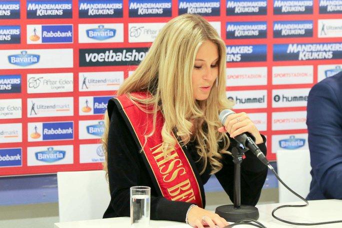 Lenty Frans, Miss Belgium 2016, cũng đến sân tiếp lửa