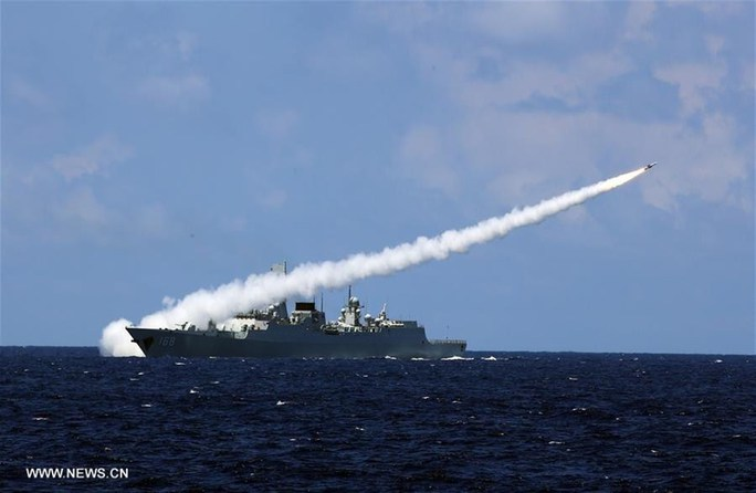 Trung Quốc ngang ngược tập trận trên biển Đông hôm 8-7. Ảnh: News.CN