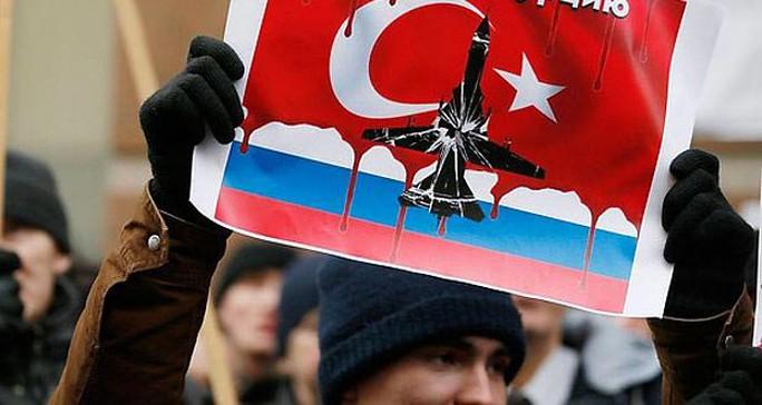 Mối quan hệ giữa Nga và Thổ Nhĩ Kỳ ngày càng khó cứu vãn sau vụ máy bay Su-24 Ảnh: HORTIBIZ