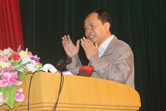Ông Trịnh Văn Chiến, Bí thư Tỉnh ủy Thanh Hóa đối thoại với người dân Sầm Sơn sáng ngày 7-3