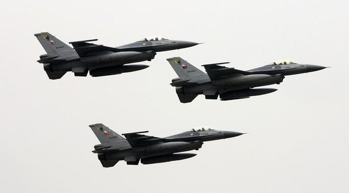 Chiến đấu cơ F-16 của Thổ Nhĩ Kỳ. Ảnh: Reuters