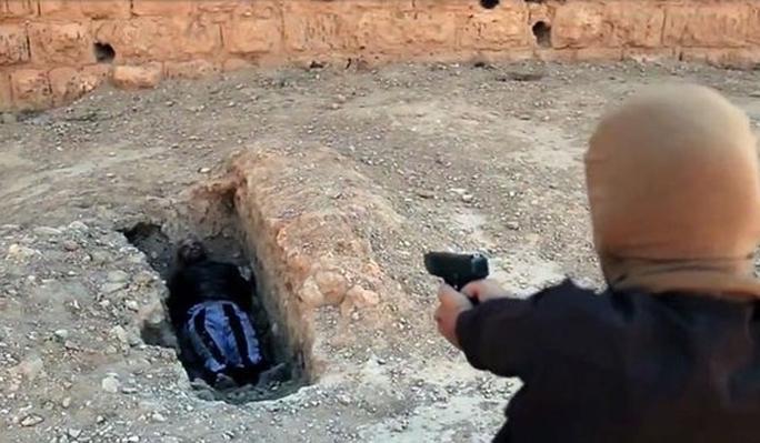 IS đã hành quyết hàng trăm dân thường ở Iraq và Syria. Ảnh: FARS NEWS