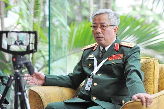 Thứ trưởng Nguyễn Chí Vịnh phát biểu tại khách sạn Shangri-La ngày 4-6. Ảnh: STRAITS TIMES