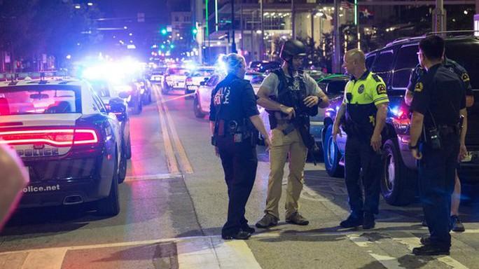 Cảnh sát phong tỏa hiện trường. Ảnh: TWITTER, RTE NEWS